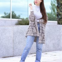 High-waisted-jeans_Wear-Wild_Street_Style-11-1