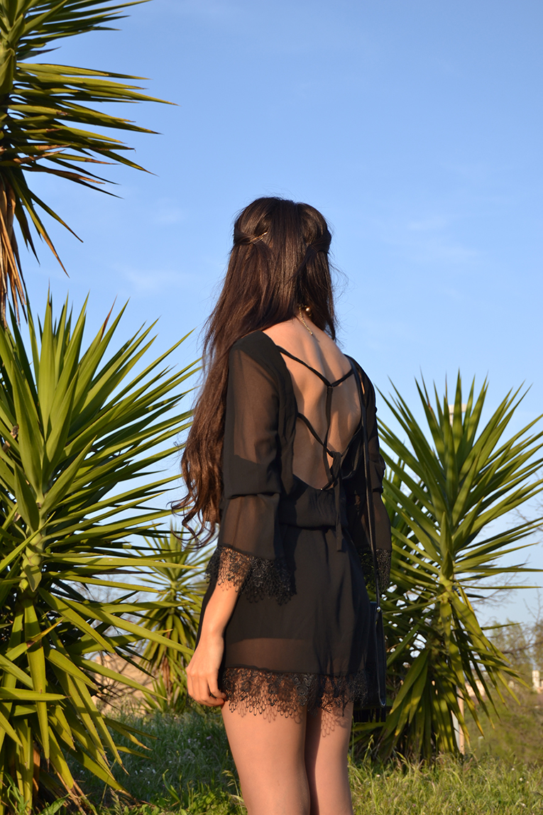 Street style, BLACK LONG SLEEVE BACKLESS DRESS, sheinside, street style, music festival outfit
