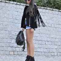 MUSIC-FESTIVAL-OUTFIT_street-style_coachella_fringes_suede_01-1