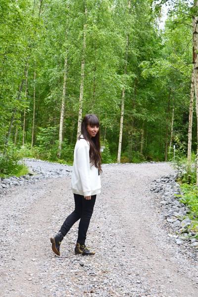 Finland-Savonrata_nature_travel_sweatshirt_ak-santa-for-more-followers_1