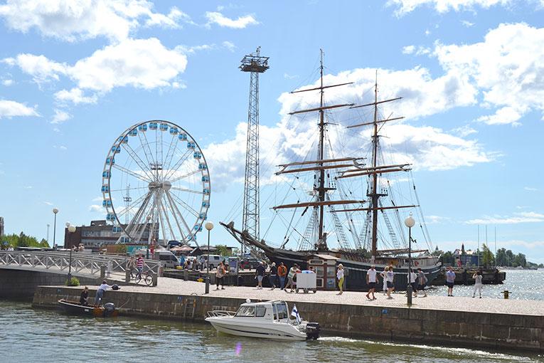 Visit Finland, Helsinki, Harbor in Market Square