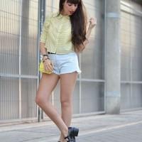 square-print-shirt_street-style_yellow-blouse_01