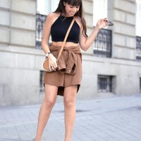 Shirt-skirt_DIY_suede-trend_street-stile_crochet-top_01-2