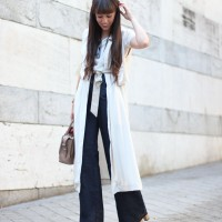 flared-pants_long-vest_trend_street-style_01-2