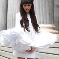 Beatriz-PeC3B1alver_dress_white_Street-style_huawei_Flared-sleeves_01-3.jpg-3