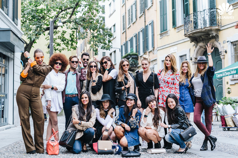 Street style Milan, Huawei smartwatch, Milan Fashion Week, Fasgion touches technology, Bloggers in Milan, Dos tacones para mi armario, Wear Wild