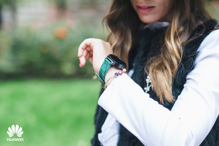 Street style Milan, Huawei smartwatch, Milan Fashion Week, Bloggers in Milan,