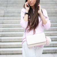 Huawei-p8-rosa_street-style_palazzo-pants_pink-coat_28129-1
