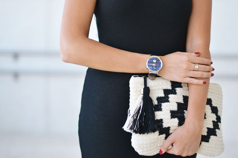 Midi pencil dress, ethnic bag, smart watch, huawei, street-style, MBFW,