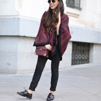 Ethnic-poncho_mexica-moccasin_street-style_outfit_01-2