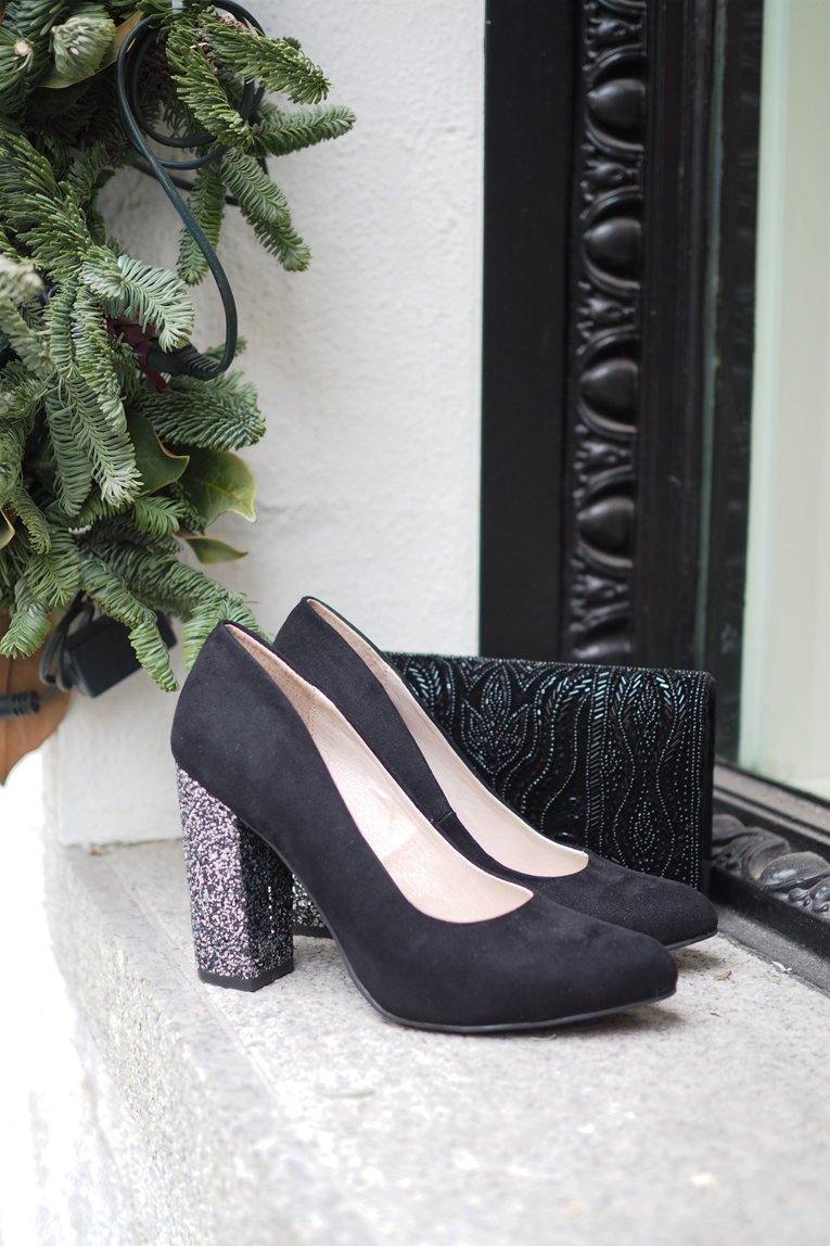 la redoute, christmas outfit, glitter shoes, heels, black clutch