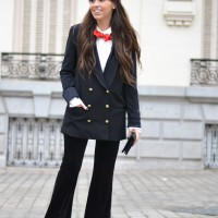 Suit-for-woman_bowtie_velvet-pants_christmas-outfit_streetstyle_28129-2