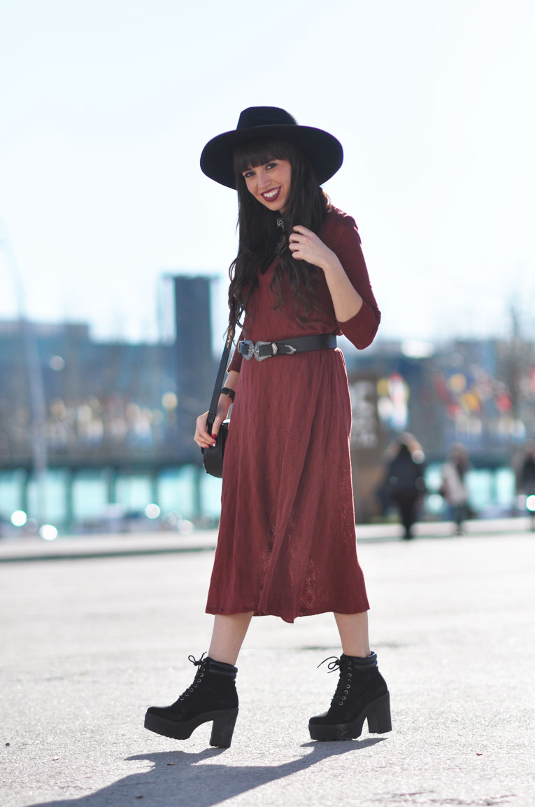 Street style, boho style, midi dress, long coat, black hat