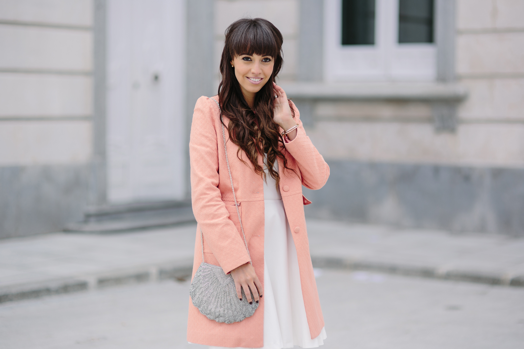 Ceremony outfit, street style, la redoute, coral coat, wedding