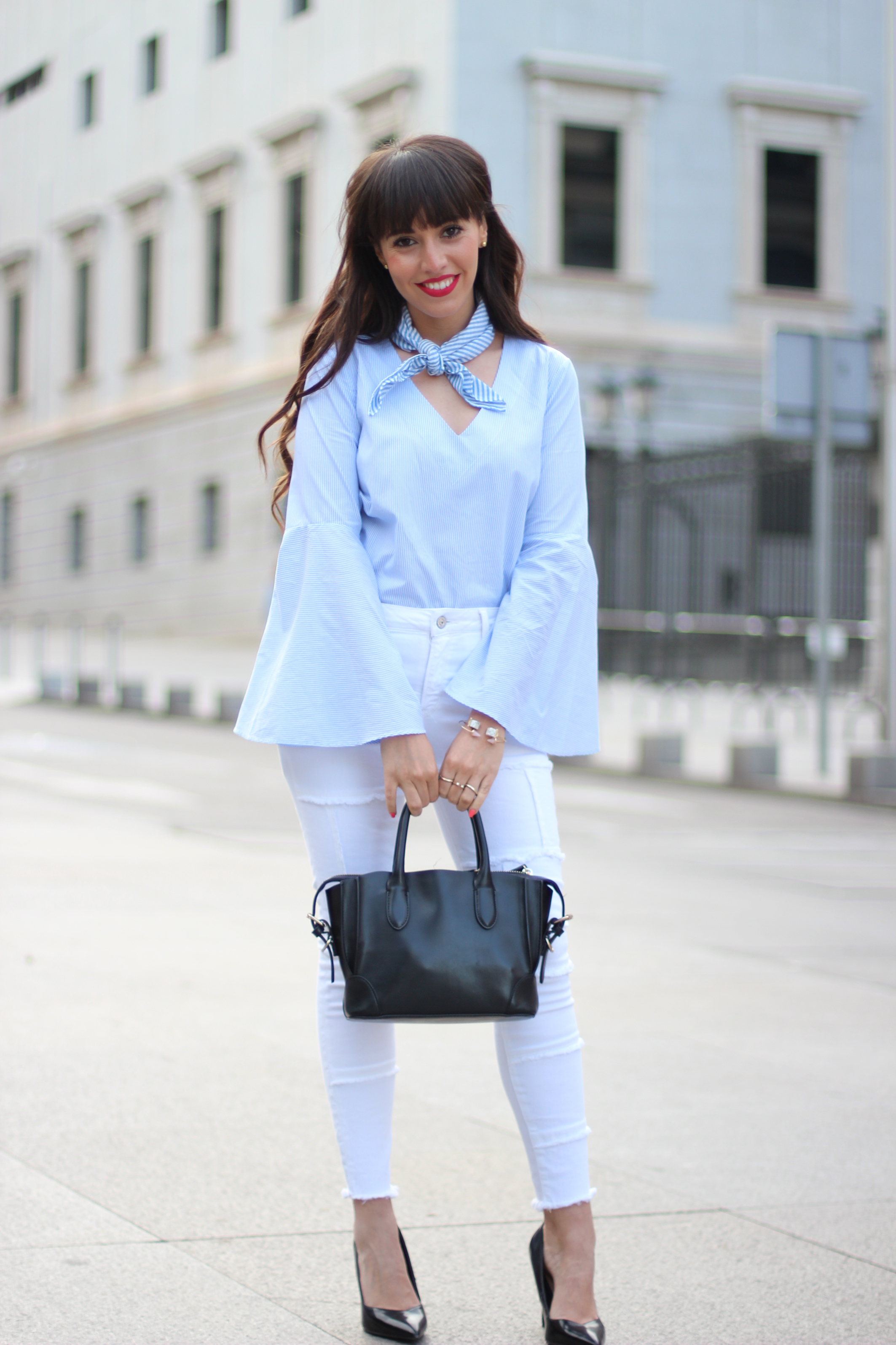 Flared-sleeves_patchwork-pants_skinny-scarf_spring-street-style_(2)
