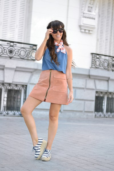 Street style, summer outfit, Backless denim top, suede skirt, platform espadrilles, small scarf