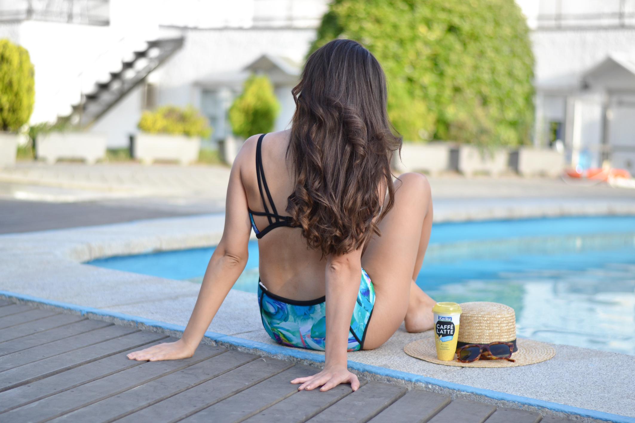 Swimwear, Dolores Cortes, retro high waist bikini, summer outfit, street style swimingpool