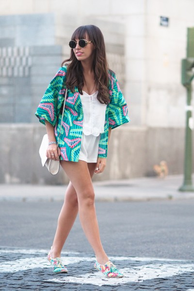 Summer outfit, mint kimono, total white look, street style fashion