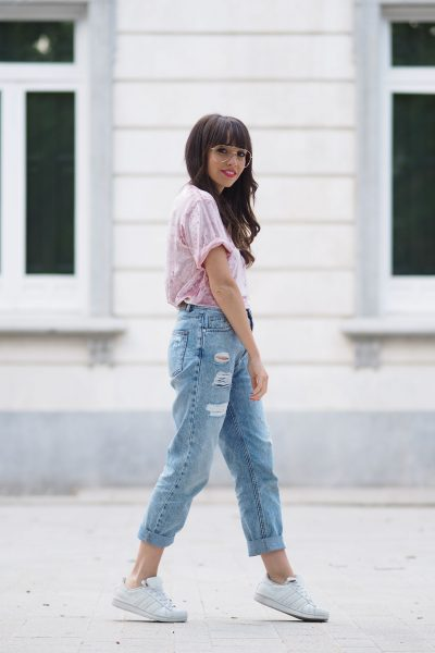 pink velvet top, mom jeans, street style, clear glasses
