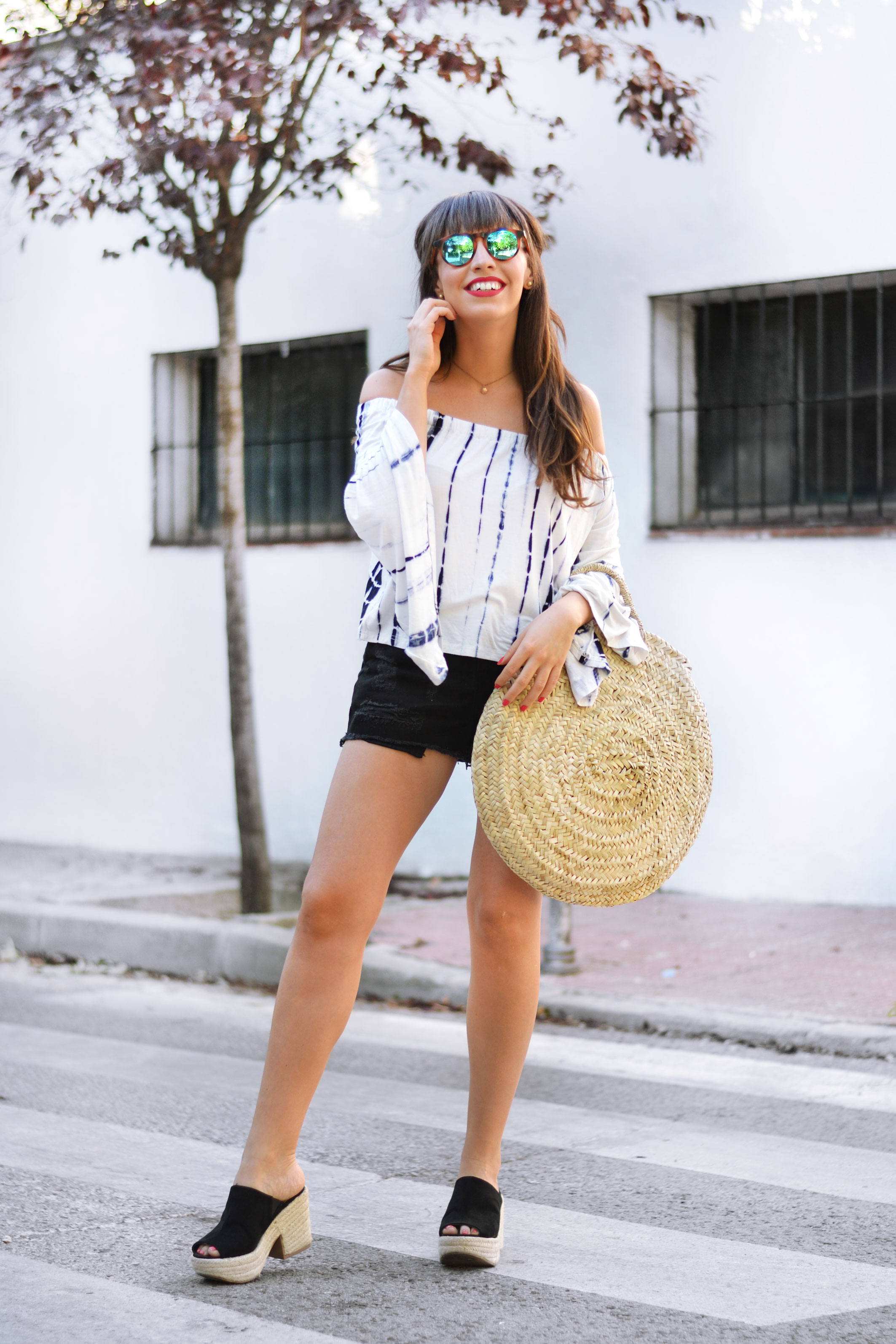 round raffia bag, mirror sunglasses, tie dye of the shoulders top, summer, outfit, street style