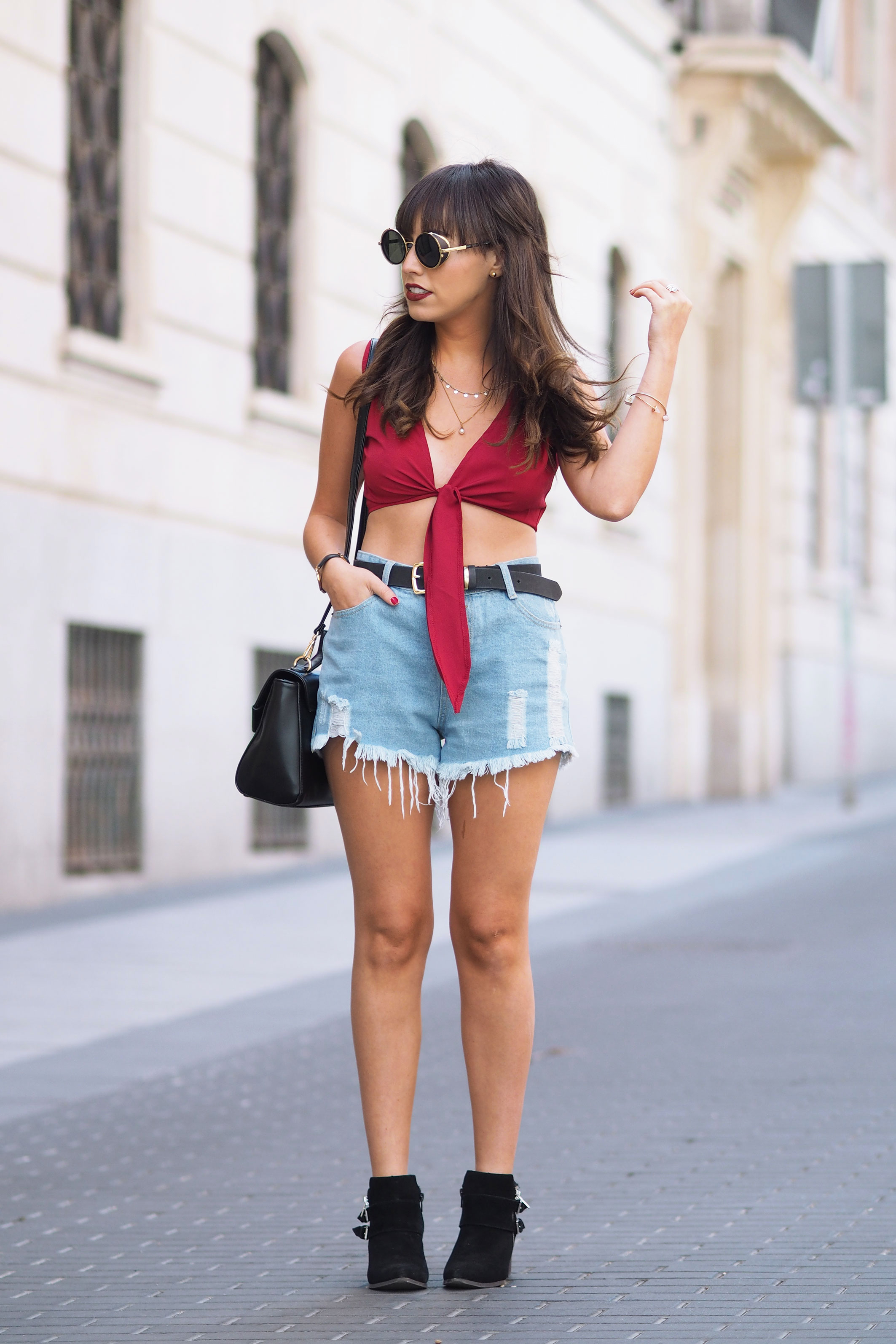 Burgundy lace up crop top, street style, summer outfit