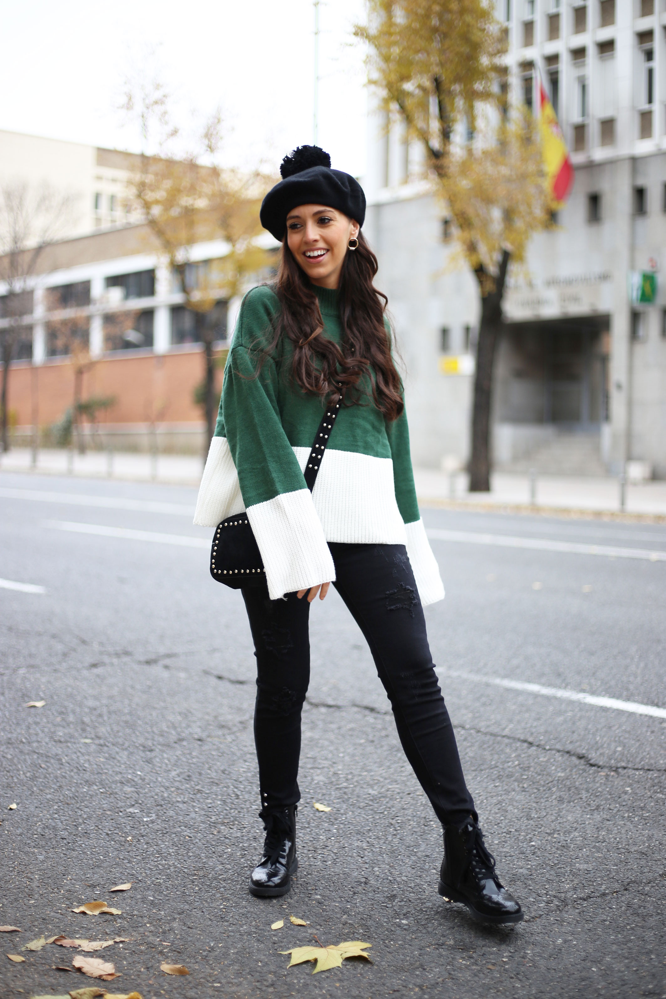 green sweater, black beret, street style, winter outfit